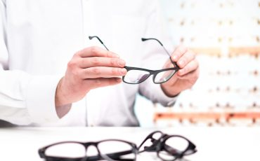 Will My Eyeglass Prescription Change After Cataract Surgery? - IC-8 Lens