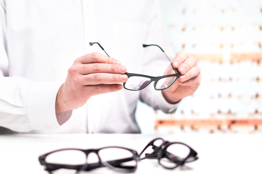 Will My Eyeglass Prescription Change After Cataract Surgery?